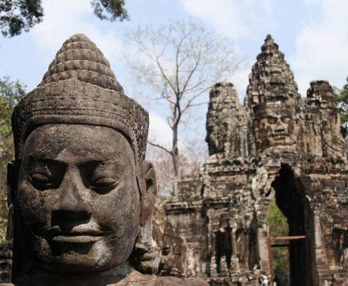 Angkor Wat (Head) Combodia